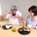 認知症患者の食事と栄養摂取の方法とポイント